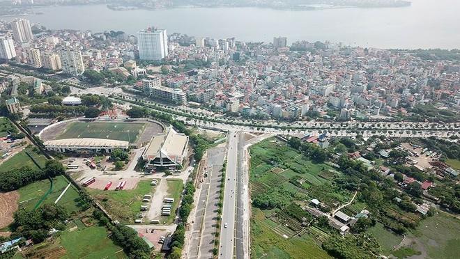 Mãn nhãn với con đường có 10 làn chuẩn bị thông xe ở Hà Nội - Ảnh 6.