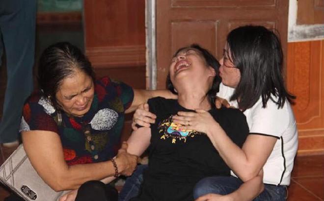 Người thân đổ về xóm nghèo 4 người bị điện giật tử vong: Anh không về nữa, em sống thế nào đây!