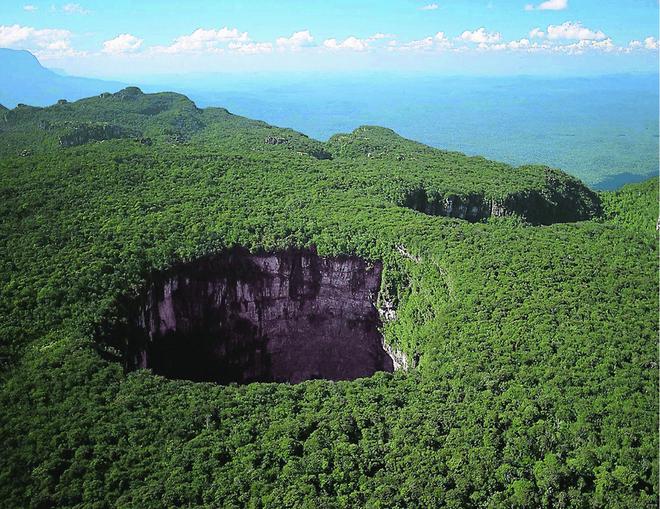 Thách thức mạng sống con người, đây là lãnh địa cấm của Trái Đất chưa từng được khám phá - Ảnh 3.