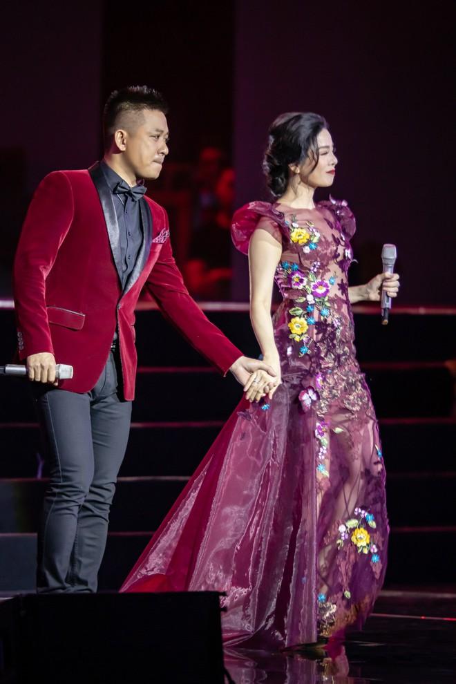 Đàm Vĩnh Hưng gọi Tuấn Hưng là chàng trai hot nhất tháng 10 trong show Lệ Quyên - Ảnh 4.