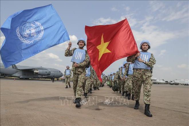 Những hình ảnh đầu tiên của các bác sĩ quân y Việt Nam tại Nam Sudan - Ảnh 1.