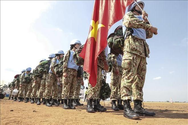 Những hình ảnh đầu tiên của các bác sĩ quân y Việt Nam tại Nam Sudan - Ảnh 3.