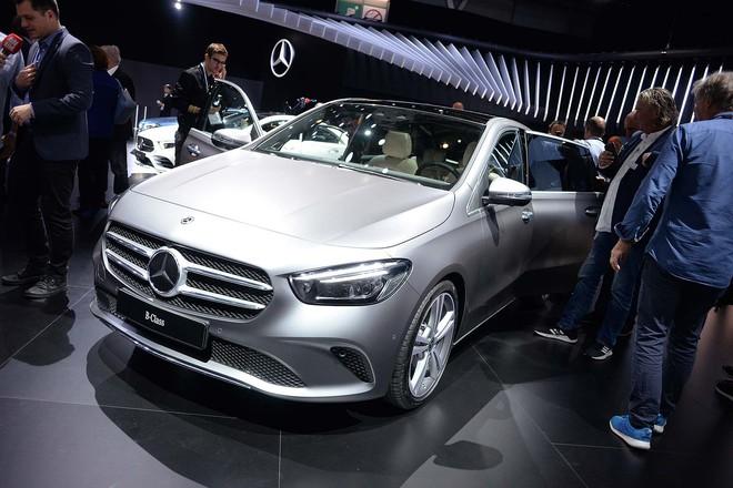 Truyền thông Anh: Chúng tôi xếp VinFast ngang BMW, hãng xe Audi, Ferrari... trong danh sách mẫu xe hấp dẫn nhất Paris Motor Show - Ảnh 8.