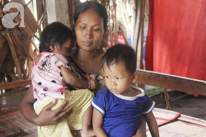 Bị chỉ trích vì nhà nghèo lại đẻ quá nhiều con, mẹ bầu 8 tháng có hoàn cảnh khó khăn cho biết sẽ triệt sản sau khi sinh - Ảnh 11.