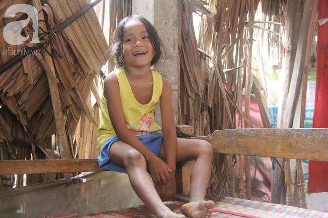 Bị chỉ trích vì nhà nghèo lại đẻ quá nhiều con, mẹ bầu 8 tháng có hoàn cảnh khó khăn cho biết sẽ triệt sản sau khi sinh - Ảnh 9.