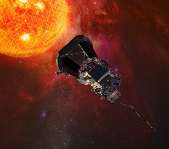 Tàu thăm dò NASA lập kỷ lục tiếp cận Mặt Trời gần nhất - Ảnh 1.