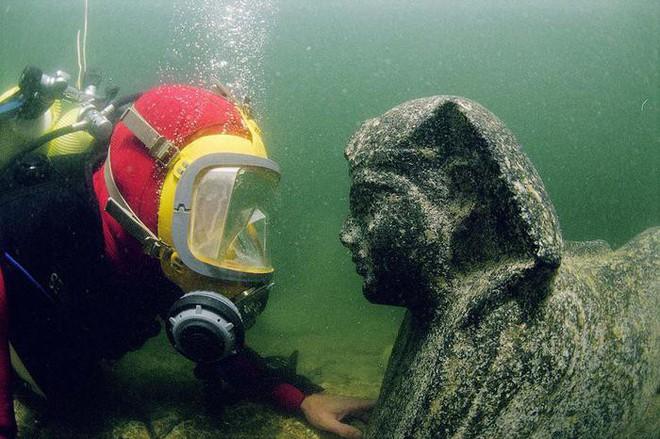 Những thứ kì lạ đến không tưởng mà người ta tìm thấy dưới đáy đại dương (Phần cuối) - Ảnh 4.