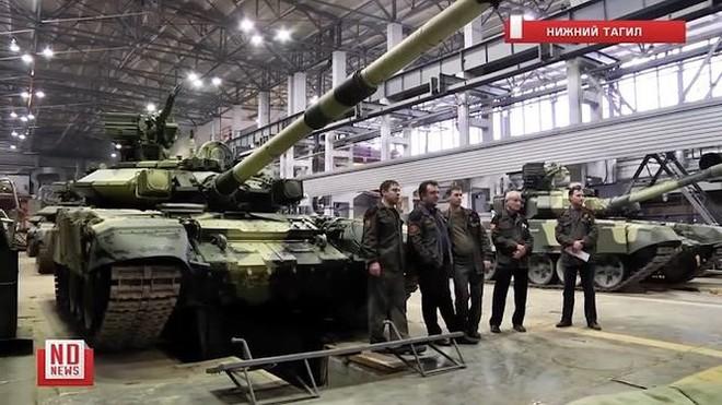 Những chiếc xe tăng T-90S Việt Nam đã xuất hiện trên thao trường Nga - Ảnh 5.