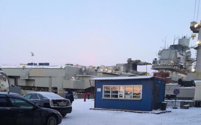 Tàu sân bay Kuznetsov duy nhất của Nga tiếp tục gặp thảm họa, may không chìm