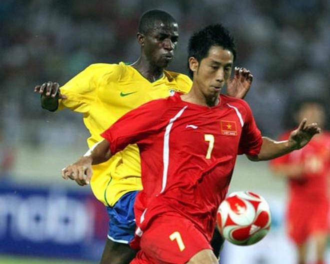 Trung vệ Vũ Như Thành: Chưa vô địch AFF Cup lần 2, bóng đá VN không thể nói đã phát triển - Ảnh 4.