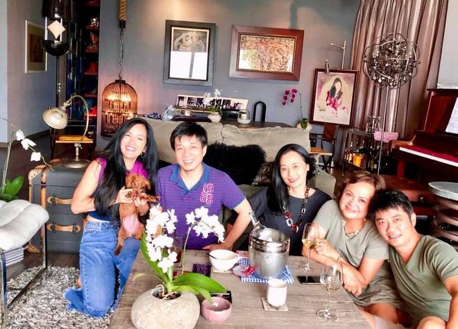 Chốn đi về của 3 mẹ con diva Hồng Nhung sau khi ly hôn với chồng Tây - Ảnh 4.