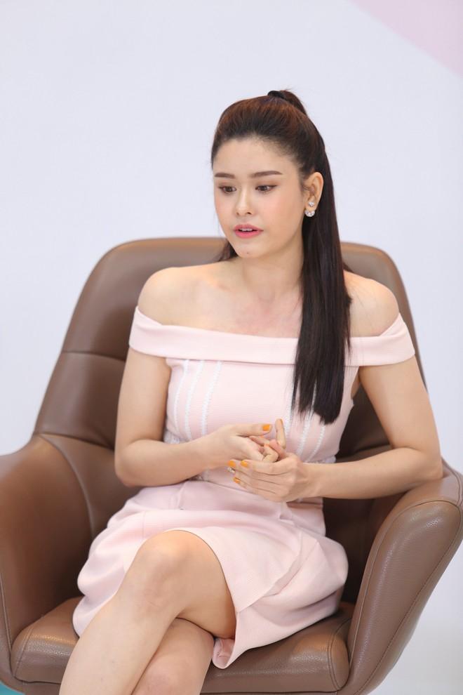 Trương Quỳnh Anh sợ hãi chính mình, không dám đứng trước gương - Ảnh 1.
