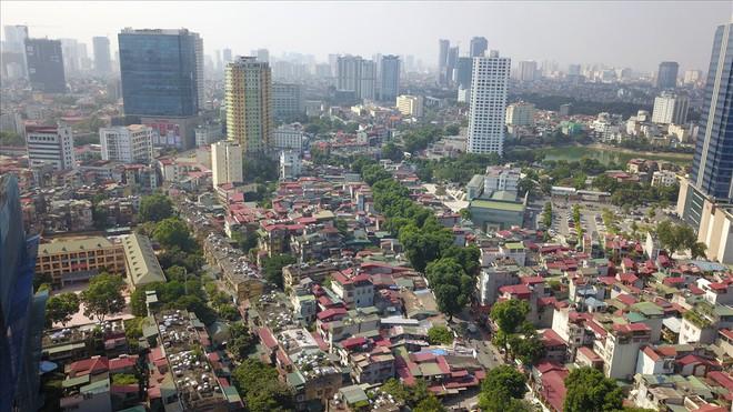 Toàn cảnh tuyến đường 2,2km đắt nhất hành tinh ở Thủ đô - Ảnh 5.