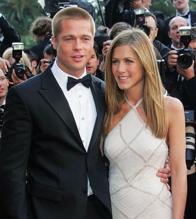 Jennifer Aniston bất ngờ có thai với chồng cũ Brad Pitt và chuẩn bị dọn vào sống chung? - Ảnh 2.