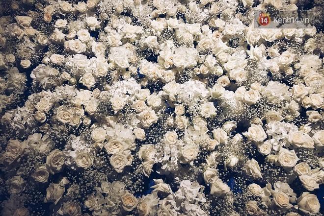 Độc quyền: Hé lộ những hình ảnh đầu tiên về không gian tiệc cưới lộng lẫy của Lan Khuê - John Tuấn Nguyễn - Ảnh 4.