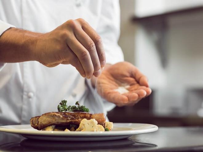 10 lợi ích sức khỏe của muối ăn được khoa học công nhận - Ảnh 8.