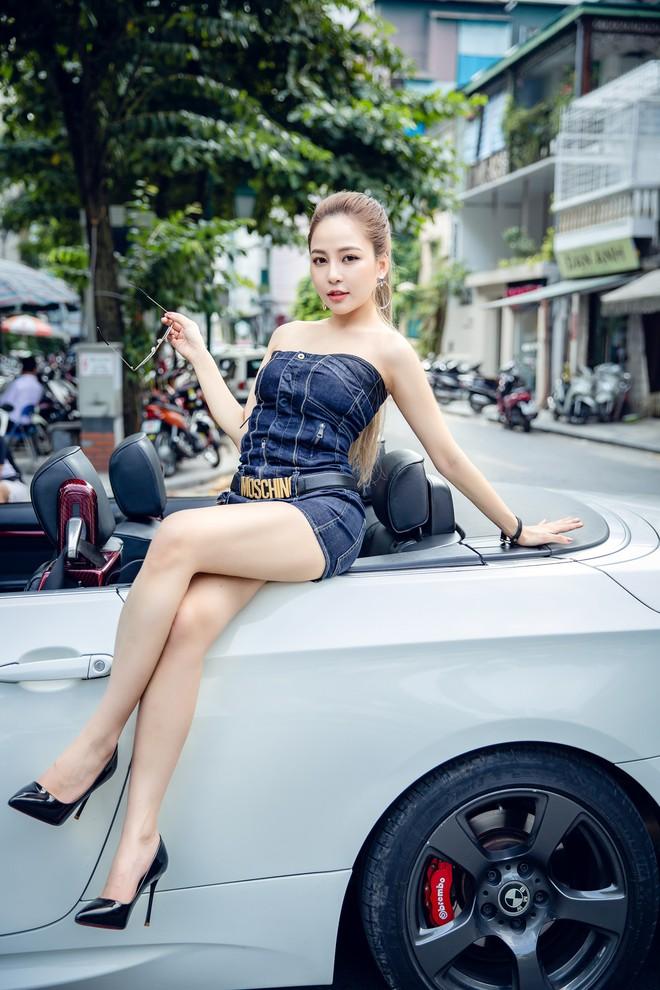 Hot girl Trâm Anh mặc toàn hàng hiệu, chụp ảnh sexy - Ảnh 4.