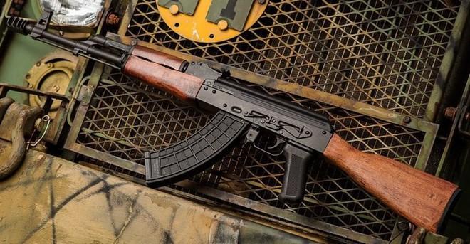 AKG-47: Súng trường tấn công Kalashnikov phiên bản Mỹ - Ảnh 2.