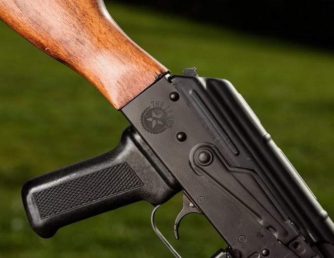 AKG-47: Súng trường tấn công Kalashnikov phiên bản Mỹ - Ảnh 4.