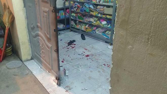 Con gái của thầy giáo bị đâm chết vì nhắc hàng xóm ăn nhậu gây ồn ào: Nhà con toàn là máu - Ảnh 1.