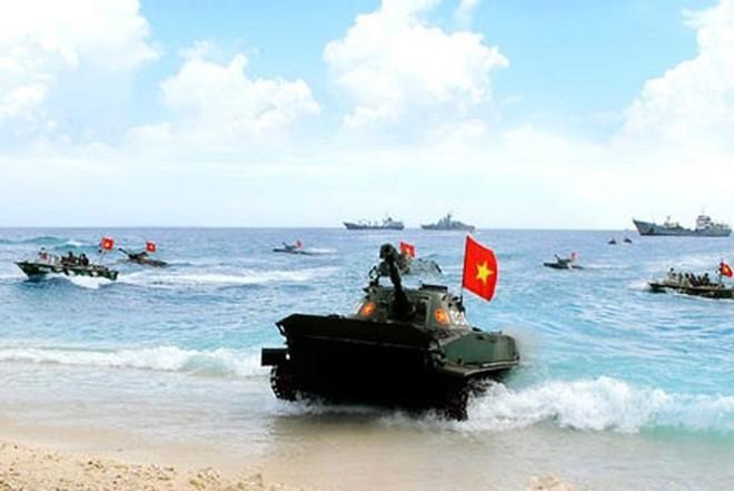 Cuộc hành quân trên biển có một không hai của xe tăng Việt Nam: Kỷ lục vô tiền khoáng hậu! - Ảnh 1.