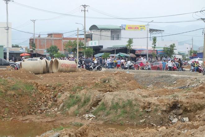 Đà Nẵng: Dân ùn ùn mua đất ở Hòa Liên, giá đất tăng vọt - Ảnh 1.