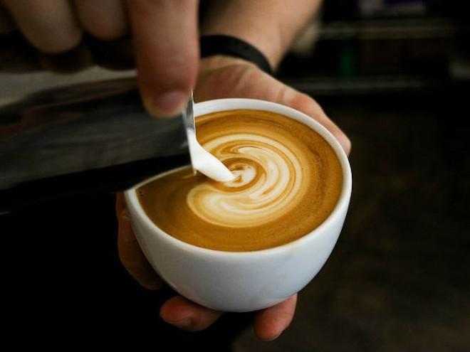 Cà phê kết hợp với dầu dừa có lợi thế nào cho sức khỏe? - Ảnh 4.