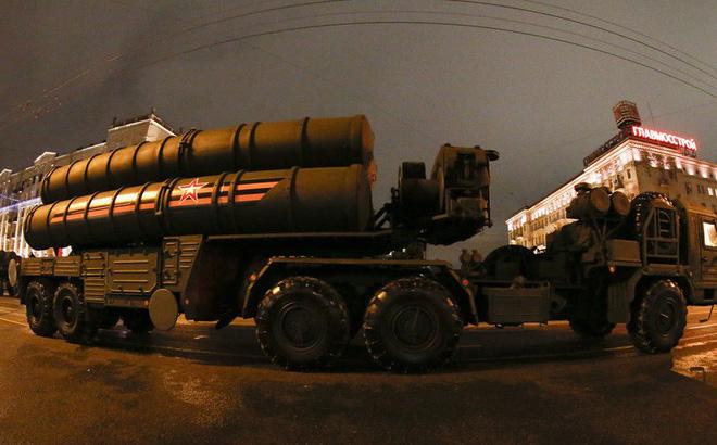 Mỹ cảnh báo Trung Quốc sao chép vũ khí Nga để bán giá rẻ