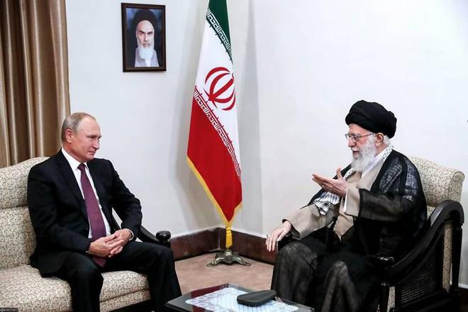 Mỹ ra đòn trừng phạt Iran, vô tình giúp Nga hưởng lợi - Ảnh 2.