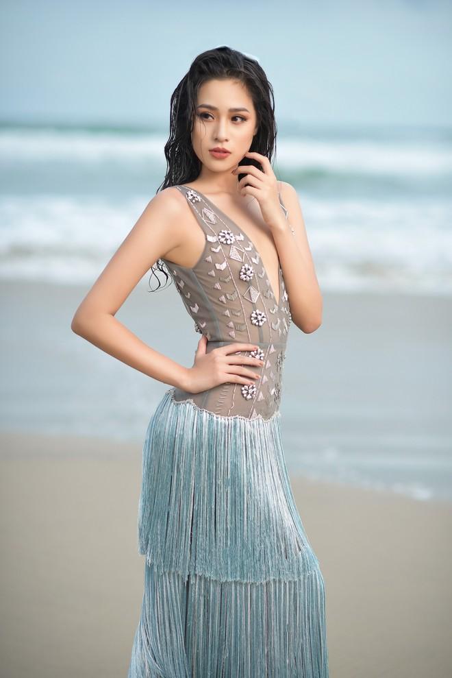 Vẻ gợi cảm của người đẹp sinh năm 2000 gây tiếc nuối nhất tại Hoa hậu Việt Nam 2018 - Ảnh 8.