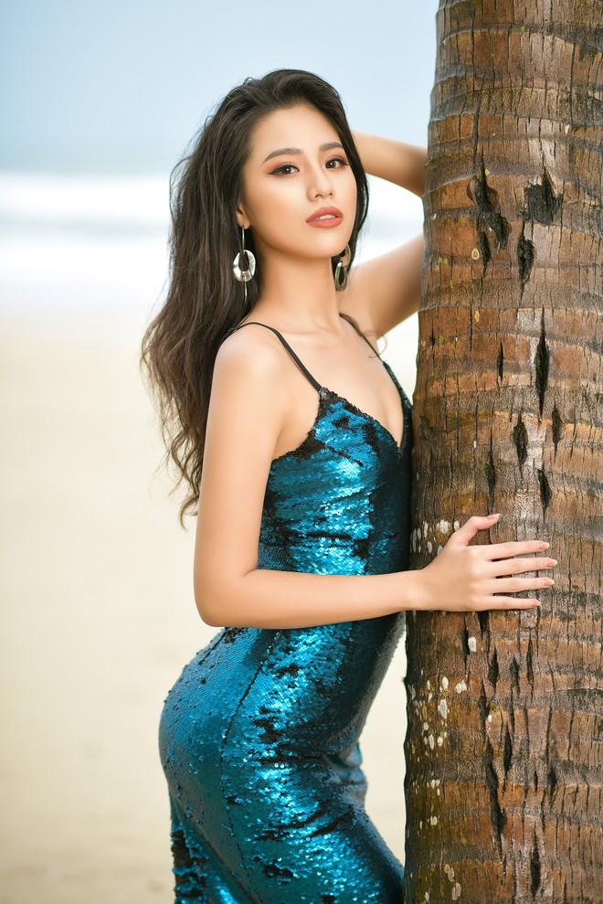 Vẻ gợi cảm của người đẹp sinh năm 2000 gây tiếc nuối nhất tại Hoa hậu Việt Nam 2018 - Ảnh 5.