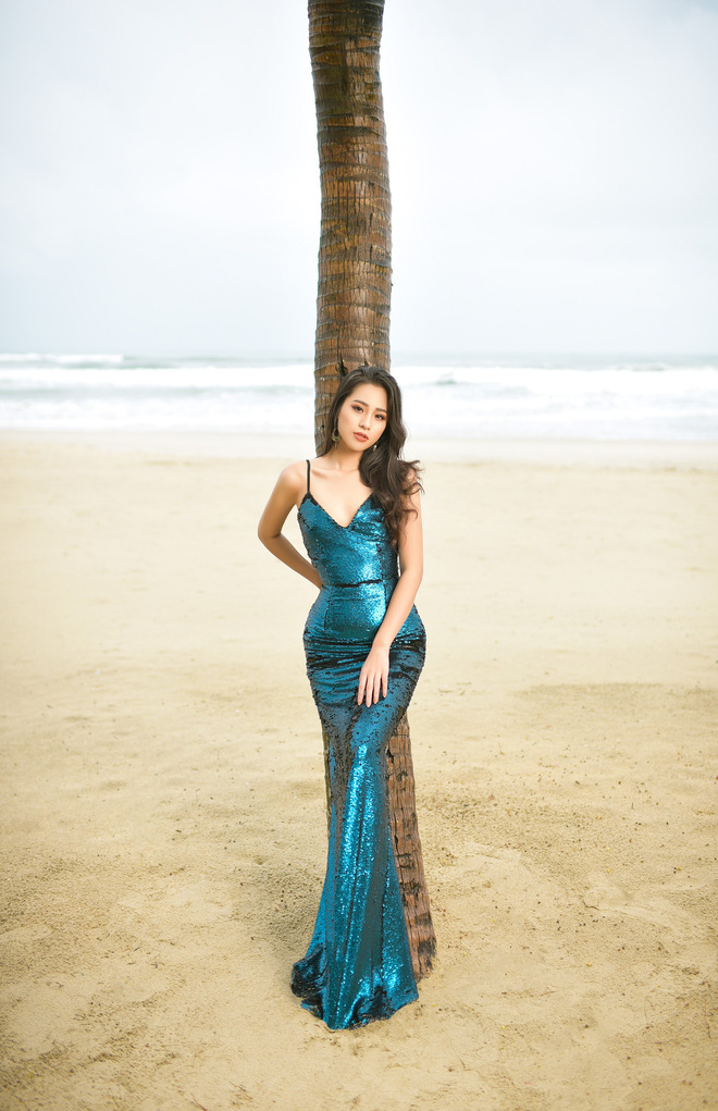 Vẻ gợi cảm của người đẹp sinh năm 2000 gây tiếc nuối nhất tại Hoa hậu Việt Nam 2018 - Ảnh 1.
