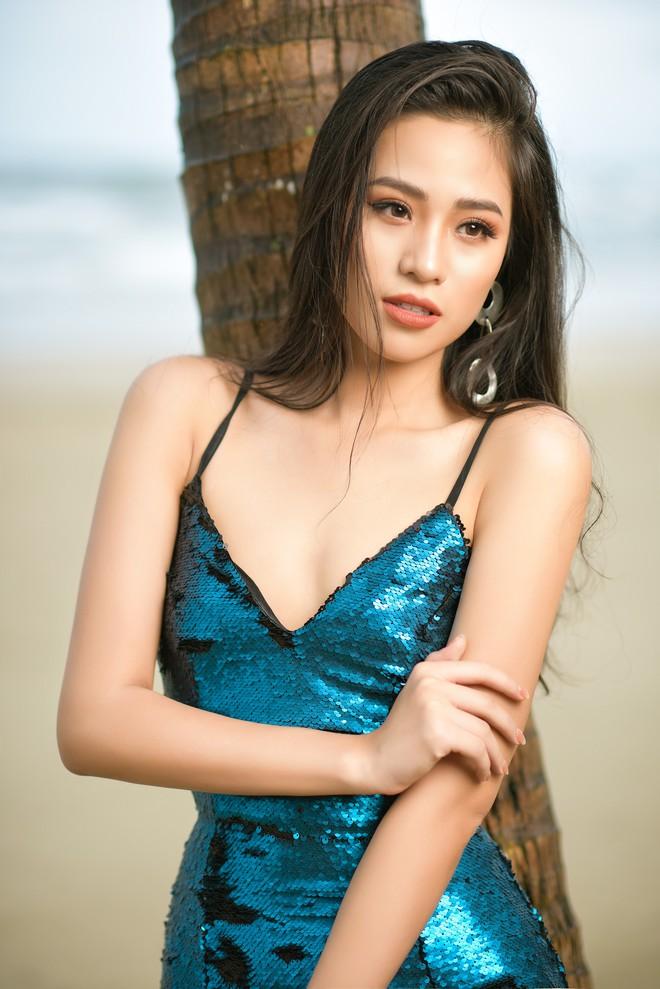 Vẻ gợi cảm của người đẹp sinh năm 2000 gây tiếc nuối nhất tại Hoa hậu Việt Nam 2018 - Ảnh 4.