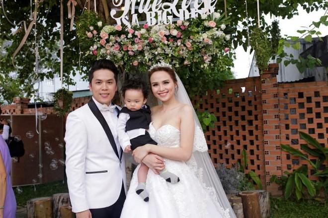 Sinh con trước, kết hôn sau: Trình tự tình yêu quen thuộc của sao Việt - Ảnh 6.