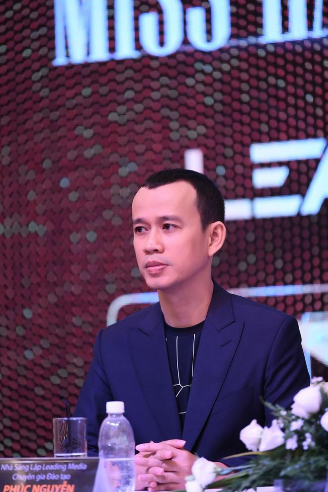 """Người đào tạo """"Miss Earth"""" Phương Khánh: Tôi vẫn giữ liên lạc và cảm thấy tiếc cho Phạm Hương - Ảnh 2."""