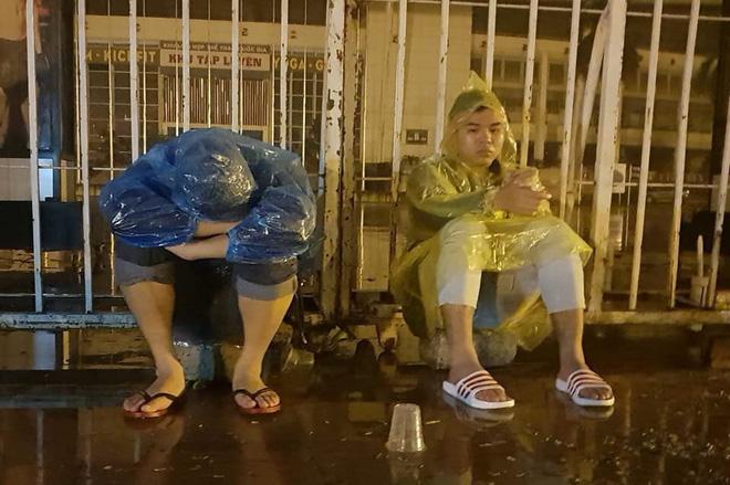 """Tờ báo hàng đầu Thái Lan ngỡ ngàng, chê vé ở Việt Nam """"quá đắt"""" - Ảnh 3."""