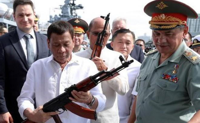 Biển Đông sắp có thêm tàu ngầm Kilo-636: Khách hàng mà Nga không thể từ chối