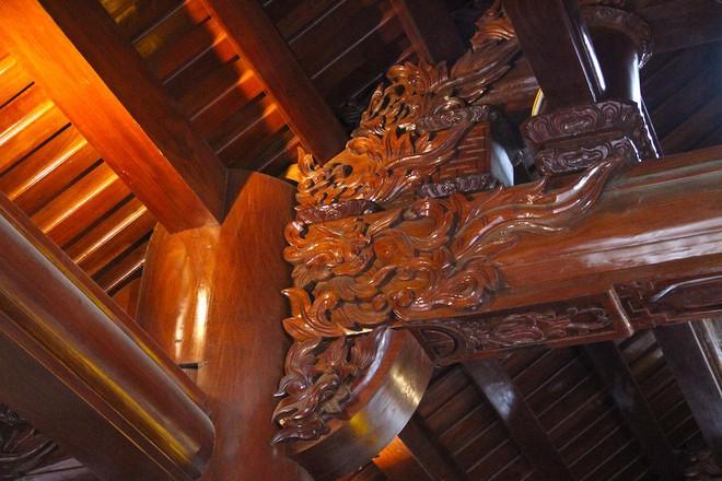 Ngắm cảnh xa hoa bên trong ngôi nhà gỗ trăm tỷ của đại gia Hà Tĩnh - Ảnh 14.