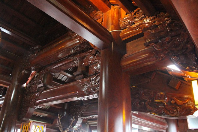 Ngắm cảnh xa hoa bên trong ngôi nhà gỗ trăm tỷ của đại gia Hà Tĩnh - Ảnh 8.