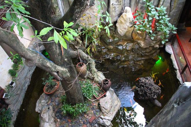 Ngắm cảnh xa hoa bên trong ngôi nhà gỗ trăm tỷ của đại gia Hà Tĩnh - Ảnh 23.