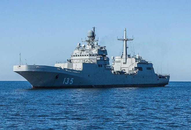 Đại tá Nga: Xe thiết giáp bơi không nổi, máy bay thiếu thốn, Nga sao xâm lược nổi Na Uy? - Ảnh 2.
