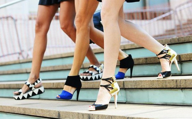 Đôi giày và thu nhập của bạn có liên quan gì đến nhau?