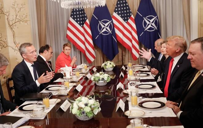 Tổng thống Trump rạn nứt quan hệ với đồng minh châu Âu như thế nào  - Ảnh 2.