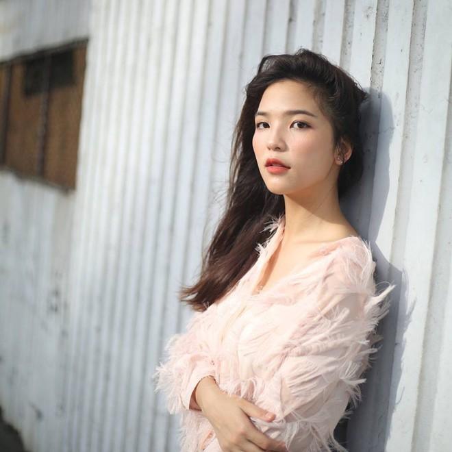 Ngắm hot girl Thái Lan trao trọn trái tim cho bầy Voi chiến - Ảnh 4.