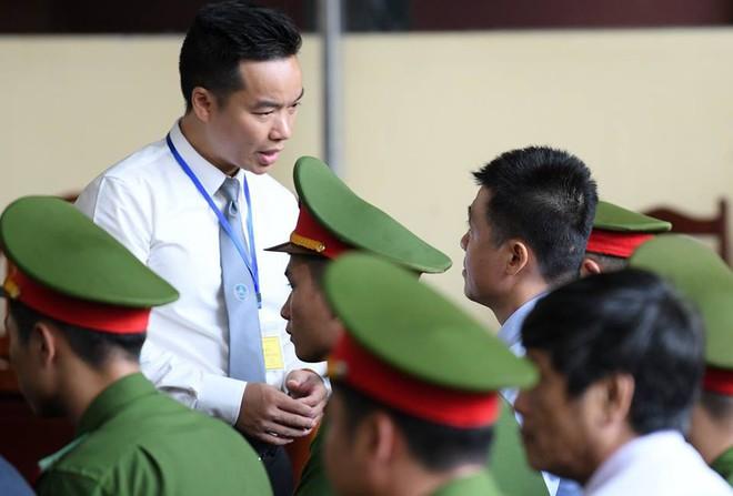 Vụ đánh bạc liên quan cựu tướng Phan Văn Vĩnh: Phan Sào Nam bán 3 căn nhà trị giá 240 tỷ để khắc phục hậu quả  - Ảnh 5.