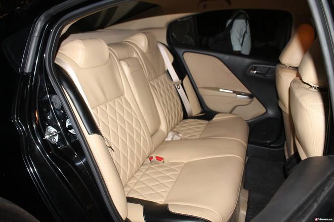 Chuyên gia mách nước kinh nghiệm giữ nội thất ô tô sạch như mới - Ảnh 2.