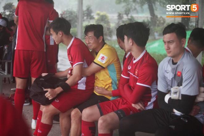 Đội phó đội tuyển Việt Nam: Điều kiện thời tiết thế nào thì cũng phải làm quen khi tập luyện và thi đấu - Ảnh 2.