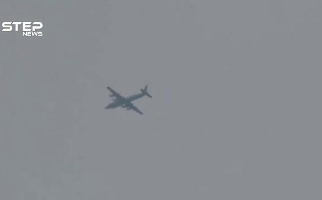 Máy bay IL-20 Nga đột ngột xuất hiện ở Idlib, Syria: Sấm sét sắp bắt đầu