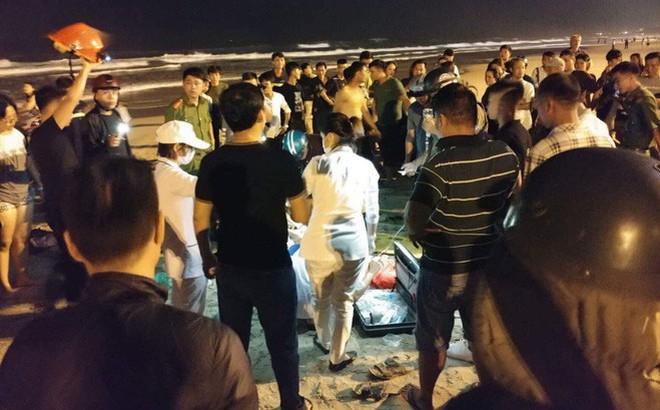 Hai người đàn ông Hà Lan tử vong khi đang tắm biển Lăng Cô