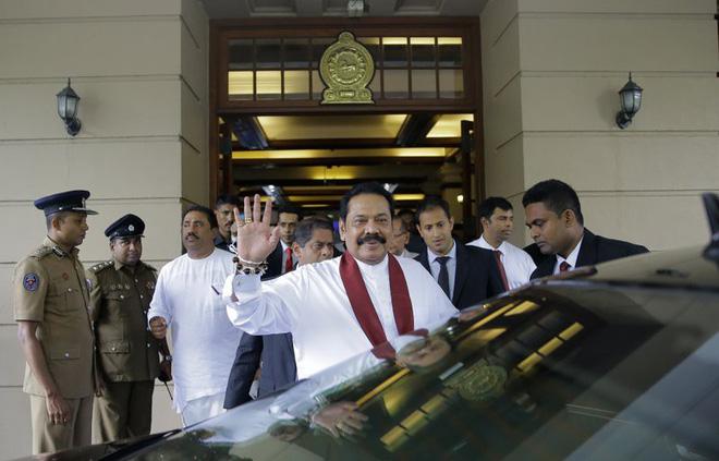Khủng hoảng chính trị ở Sri Lanka: Huynh đệ tương tàn vì đâu và vì ai? - Ảnh 1.